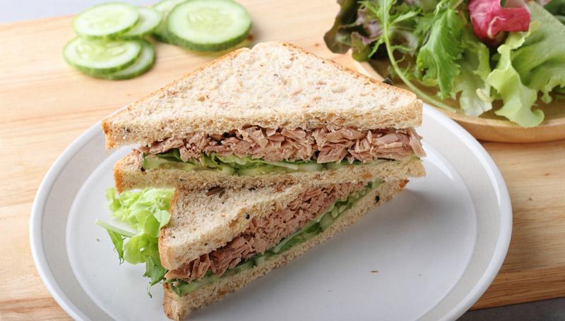 เคล็ดลับกินแป้ง-ขนมปังโฮลวีทกับทูน่า