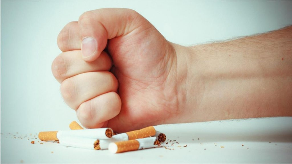 การเลิกสูบบุหรี่ - ขภาพปอดทำงานได้ดีขึ้น